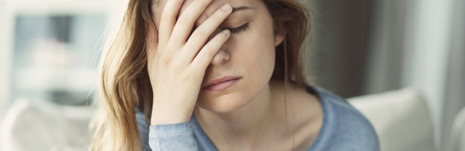 How to Effectively Manage Migraines Without Medications